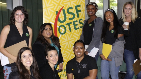 Students volunteers at USFVotes table